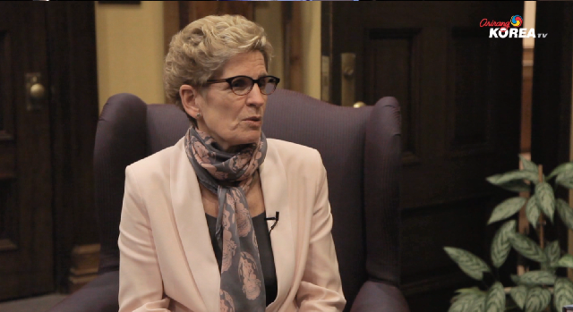 Let's Chat with Kathleen Wynne (Premier of Ontario)