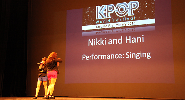 K-POP World Festival Toronto - Nikki & Hani